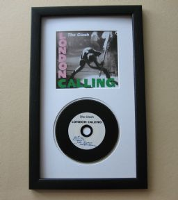 CLASH - LONDON CALLING CD Disc presentation